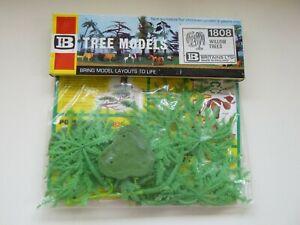 Vintage Britains Plastic Tree Models - Willow Trees In Original Packet - 1808