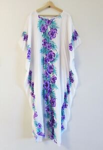 Royal Creations Hawaiian OSFM Vintage Hibiscus Print Aloha Muumuu Kaftan Dress