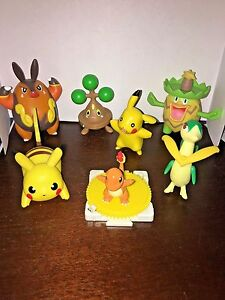 7 Pokemon Figures