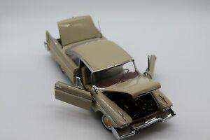 1:24 Danbury Mint 1958 Plymouth Fury Diecast Car