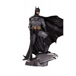 DC Direct 1:6 Batman (Deluxe) Alex Ross Statue