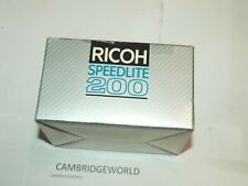 RICOH SPEEDLITE 200P ELECTRONIC FLASH LIGHT NEW in ORIGINAL BOX with CASE