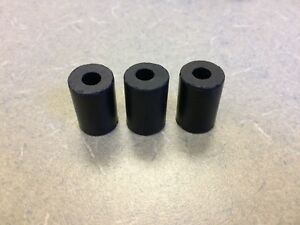 LOT OF 3 NEW PORSCHE 911 930  FUEL FILTER MOUNT RUBBER ISOLATION BUFFERS