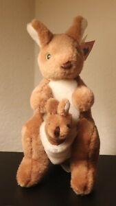 Austalia United Souvenirs Plush Kangaroo w/ Joey Stuffed Animal