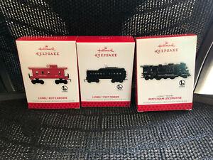 2013 Hallmark Lionel Trains 2037 Steam Locomotive 1130T Tender 6017 Caboose Set