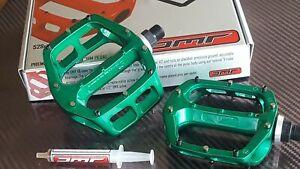 "DMR V8 Pedals 9/16"" Mountain Bike BMX (IRISH GREEN) Classic Platform (NEW)"
