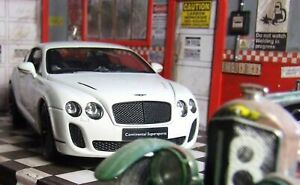 Superb boxed 2009 Bentley Continental Super sport  die cast car 1/24