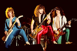 """12""""*8"""" concert photo of Def Leppard playing at Reading in 1980"""