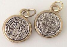 Medalla  de san Benito proteccion para todo lo negativo 3/4 De Pulgada