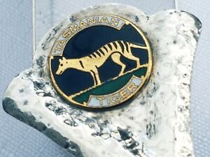 Rare Australian Sterling Silver Enamel Tasmania Tiger Tea Caddy Spoon SARGISONS