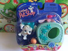 Littlest Pet Shop Set Pack #17 White Poodle dog puppy carry case portable 2004
