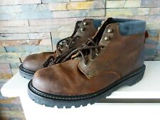LEVI'S LEVIS BROWN LEATHER BOOTS - SIZE 10.5UK.  HEAVY DUTY.