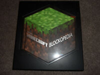 MOJANG MINECRAFT BLOCKOPEDIA HARDBACK BOOK IN PRESENTATION CASE