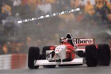 9x6 fotografía Mika obligaba, McLaren-Mercedes MP4/10 Alemán GP 1995