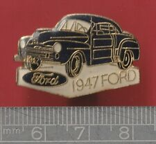 Car pin badge - 1947 Ford