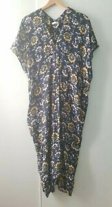 Arket Size 34 UK 8 Navy Floral Pockets Oversized Unique Kimono Style