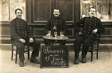 50 CHERBOURG CARTE POSTALE MILITAIRES TERRASSE CAFE 1910