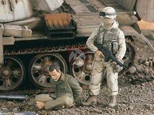 Verlinden 1/35 Captured Iraqi with US Soldier in Iraq War (2 Figures) 2223