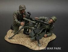 WAR PARK 1:30   German Machine Gun Team