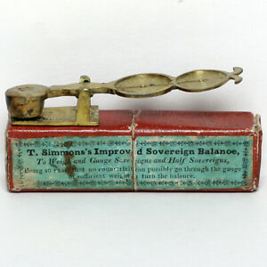 19th-20th CENTURY T. SIMMONS BRASS SOVEREIGN BALANCE SCALES & BOX