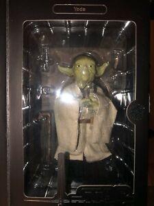Yoda 1/6 scale by Medicom