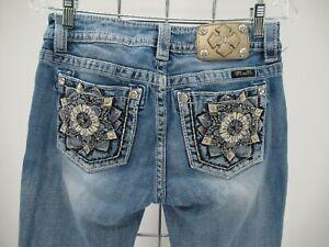 M9262 VTG Women's Miss Me Floral Embellished Mid-Rise Skinny Jeans Size 28