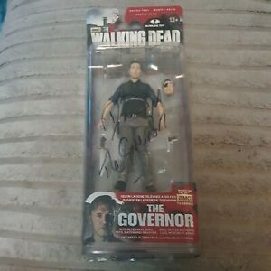The Walking Dead The Governor Figure Series 4 with David Morris saying signature