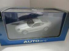 Articoli di modellismo statico AUTOart Aston Martin