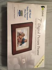 "GiiNii 7""  Digital Picture Frame  Photo NEW"