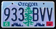 "OREGON "" TREE - MOUNTAINS - 933 BVV "" 2007 OR Vintage Classic License Plate"