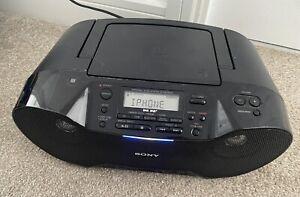 Sony Ghetto Blaster Stereo  CD/DAB Radio / Bluetooth / USB ZS-RS70BTB