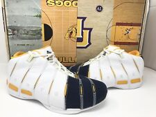 CONVERSE WADE 1 FAMILY AND FRIENDS EXCLUSIVE MARQUETTE UNIVERSITY RARE SZ 9