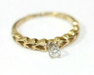 """""""Hearts"""" 10K YELLOW GOLD Solitaire .12 Ct DIAMOND Womens Ring: Size 5, 1.5 Grams"""