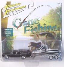 JOHNNY LIGHTNING GONE FISHING S1 1964 OLDSMOBILE VISTA CRUISER BOAT & TRAILER B