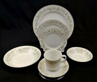 Imperial China W Dalton 745 Wild Flower 7 Piece Place Setting