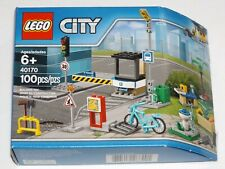 LEGO 40170 Build My City Accessory Set fountain bicycle lego store exclusive