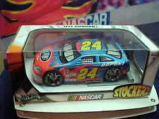 2004 JEFF GORDON 1/24 DUPONT #24 STOCKERZ HOTWHEELS CAR BRAND NEW UNOPENED