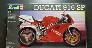Revell Ducati 916 SP plastic 1:9 scale model kit #07900 Vintage 1996