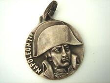 Accessoires et pièces détachées militaires de collection napoléoniques (premier et second empire)