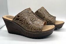 """BOC Brand Wood Grain 3"""" Leather Wedge Shoes in Size 7 (BORN Family Shoes)"""