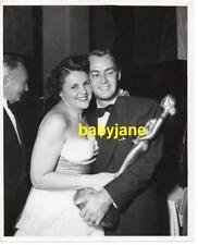 ALAN LADD SUE CAROL VINTAGE 8X10 PHOTO FOREIGN PRESS HENRIETTA AWARD 1940's