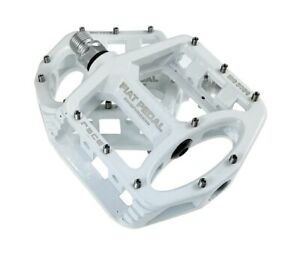 Magnesium alloy Road MTB Mountain Bike  Bicycle Racing Pedal Flat Pedals 8Colors