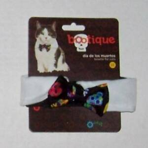 """Petco Bootique Cat Bow Tie Collar with Skull Print Halloween Dog 10"""" Neck"""