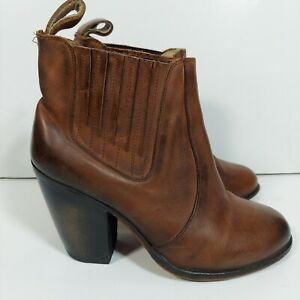 Freebird By Steven Morgan Womens boots 7 Distressed brown Leather Ankle booties