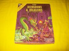 BASIC RULES BOX SET 1 DUNGEONS & DRAGONS TSR 1011 - 2 WITH DICE & CRAYON