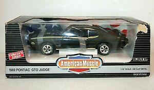ERTL Collectibles 1969 PONTIAC GTO JUDGE Green American Muscle 1:18 Diecast Car
