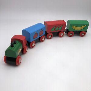 #804 BRIO Wooden Fruit Train Pears Bananas Apples  Cars Wagons Thomas Compatible