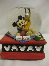 "Disney Musical Snowglobe of Mickey & Pluto Tune Plays""Best ofFriends""Retired"