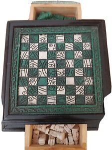 Mayan Turquoise Stone Chess Pieces Case Wood