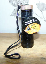 LED-Taschenlampe Duracell CMP-5 mit 14 LEDs und inkl. 3x AAA Batterien  Neu